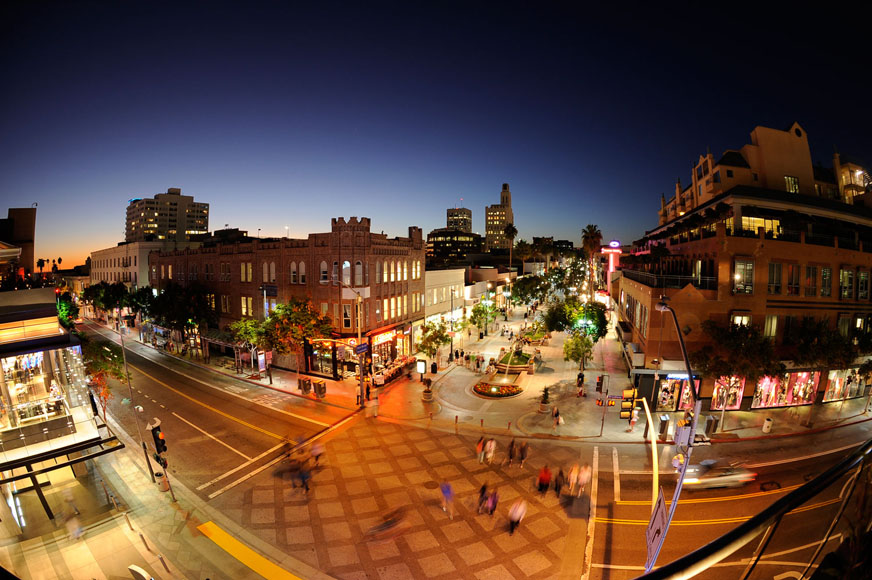 photography of Downtown Santa Monica